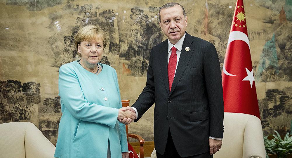 Os líderes da Alemanha e Turquia se encontraram na cúpula do G20