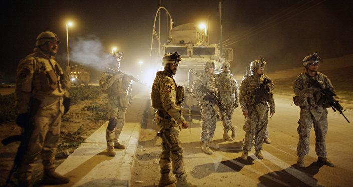 Soldados norte-americanos em Mossul, Iraque (arquivo)
