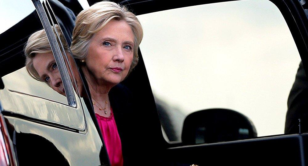 """""""Hillary Clinton 'com certeza' pode começar uma Terceira Guerra Mundial"""""""