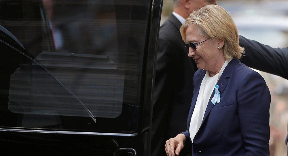 Hillary Clinton passou mal durante uma cerimônia em homenagem às vítimas do 11 de setembro neste domingo, em Nova York.