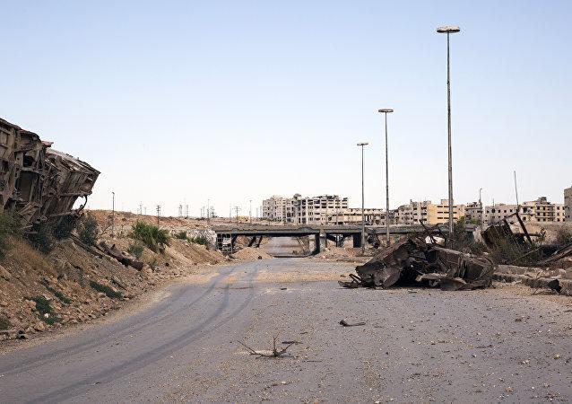Principal via para a entrega de ajuda humanitária em Aleppo, estrada de Castello