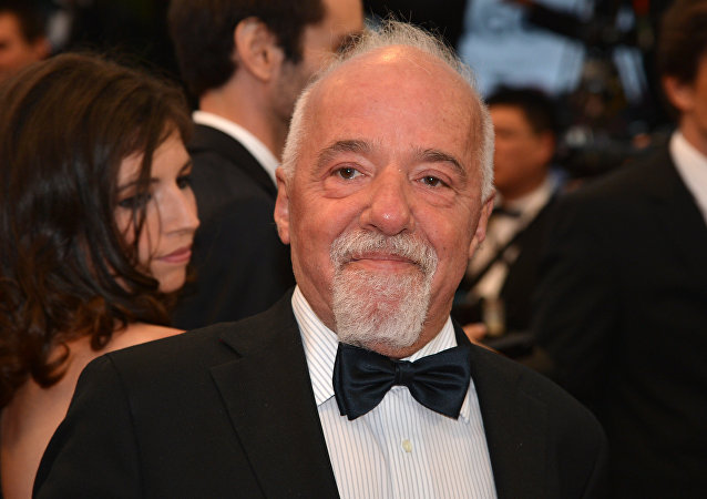 Escritor brasileiro Paulo Coelho no Festival de Cannes de 2012, Cannes, França (foto de arquivo)
