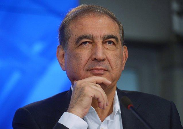 Qadri Jamil, representante da oposição síria