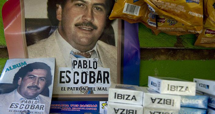 Posters de Pablo Escobar em Medellín