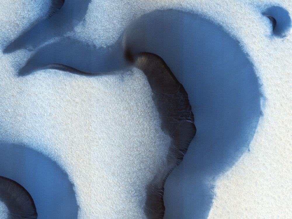 Dunas de areia perto do Polo Norte, em Marte