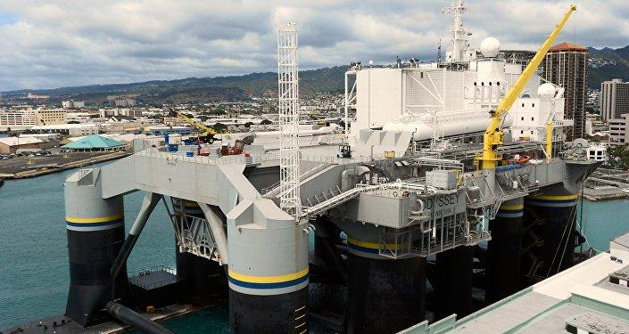 Plataforma para lançamento de foguetes no âmbito do programa Sea Launch no Pacífico