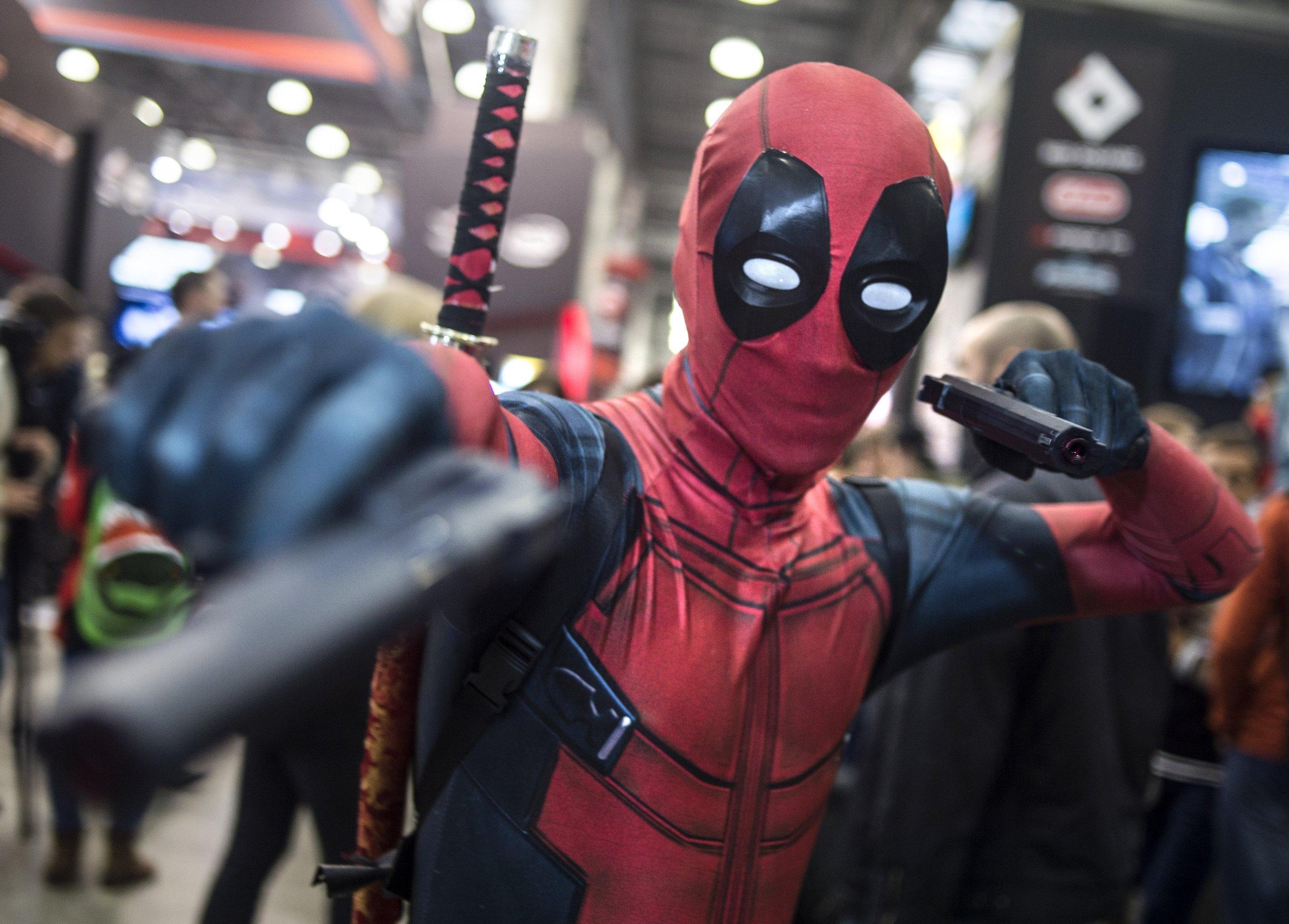 Konstantin é fã do Deadpool, personagem do Universo Marvel