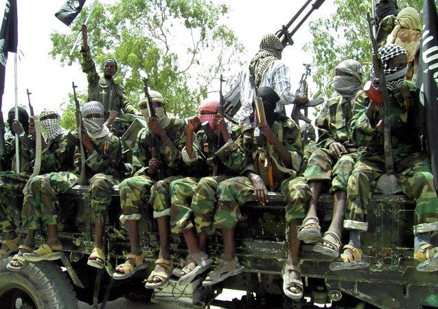 Militantes do grupo terrorista Al-Shabaab na Somália