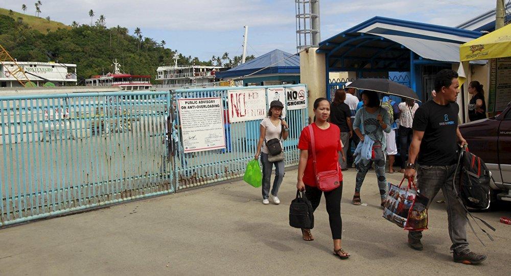 Serviço de ferry interrompido na ilha de Marinduque, nas FIlipinas