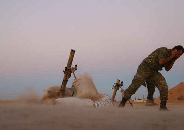 Militar do Exército Livre da Síria durante a liberação de Dabiq, 15 de outubro de 2016