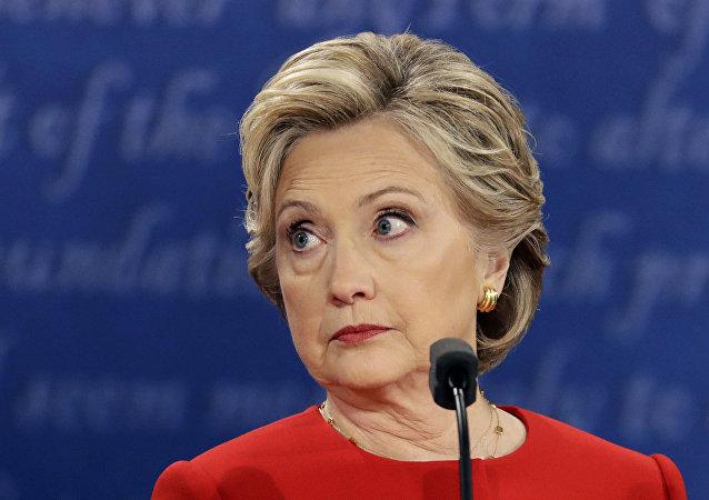 Hillary Clinton durante o debate presidencial no estado de Nova York