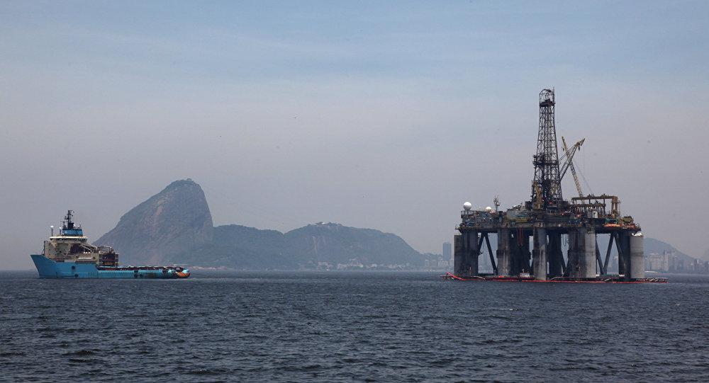 O plataforma petrolífera no Rio de Janeiro