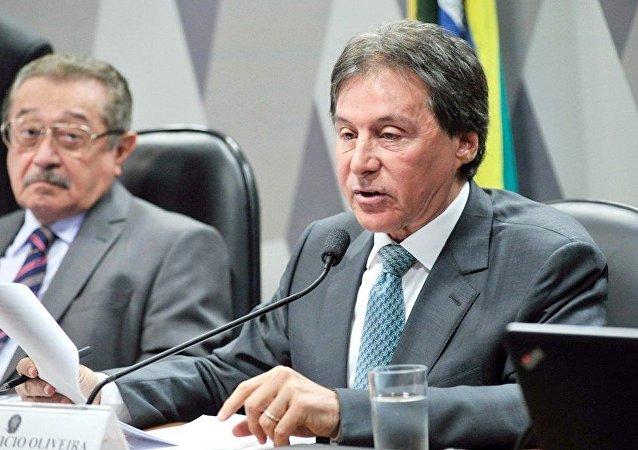 Senador Eunício Oliveira (PMDB-CE)