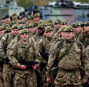 Militares britânicos em Vilnius, Lituânia