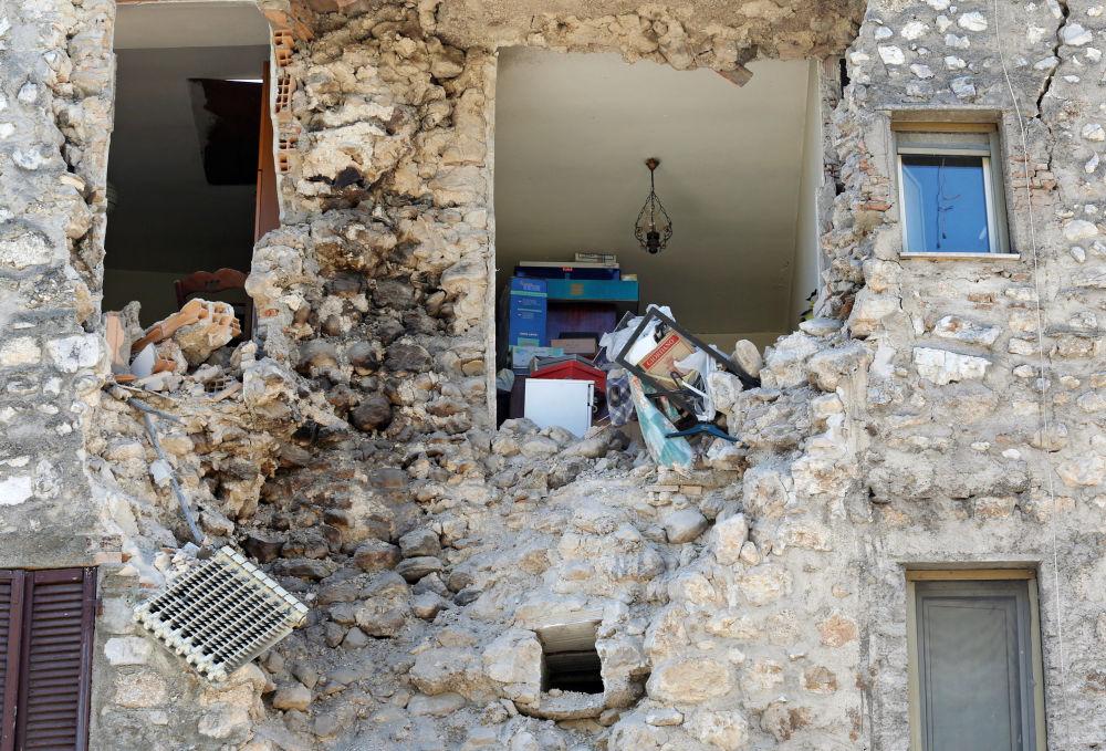Um terremoto de 6,5 graus Richter ocorreu na Itália em 30 de outubro