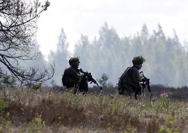 Soldados do exército polonês participam dos treinamentos da OTAN (foto de arquivo)