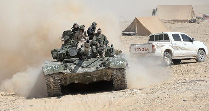Exército sírio libertou dos militantes a cidade El-Karyatein