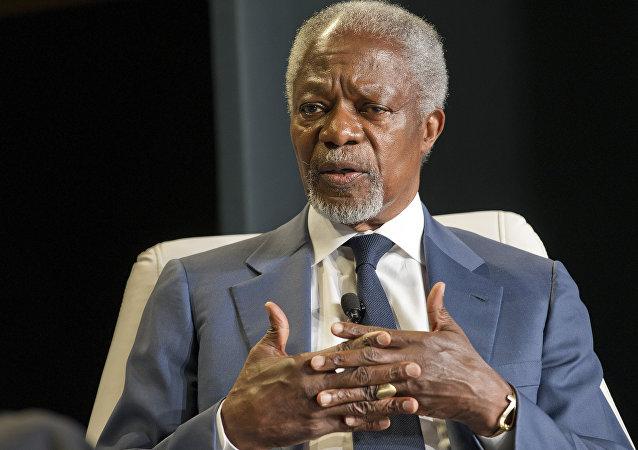Ex-secretário-geral da ONU Kofi Annan durante entrevista