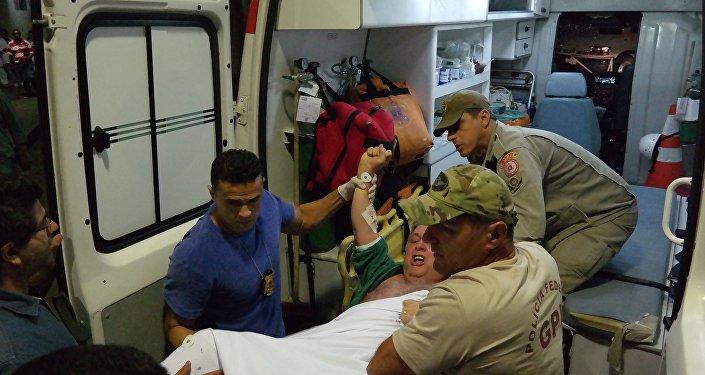Ex-governador do Rio de Janeiro, Anthony Garotinho, é transferido do hospital Souza Aguiar para o complexo penitenciário de Bangu