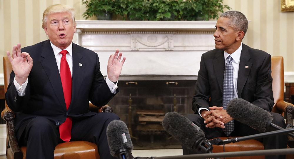 Barack Obama e Donald Trump conversam com a imprensa durante reunião na Casa Branca, em Washington
