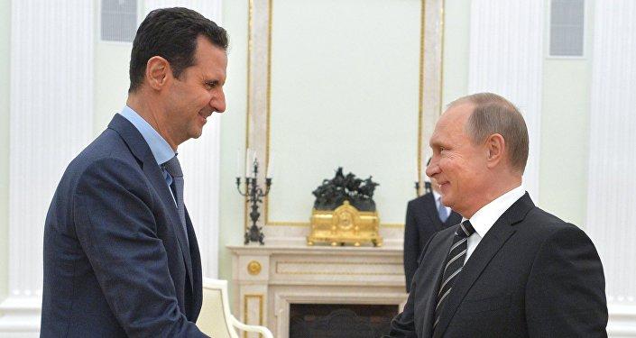 Presidente Vladimir Putin se encontra com Presidente Bashar al-Assad