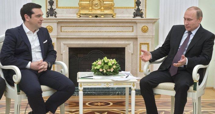 Presidente da Rússia Vladimir Putin e o Primeiro-Ministro grego Alexis Tsipras