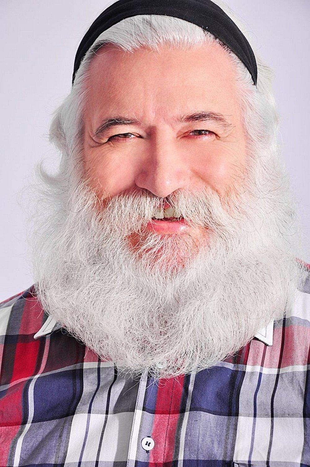 Mesmo de roupas normais, Gesualdo é a cara do Papai Noel