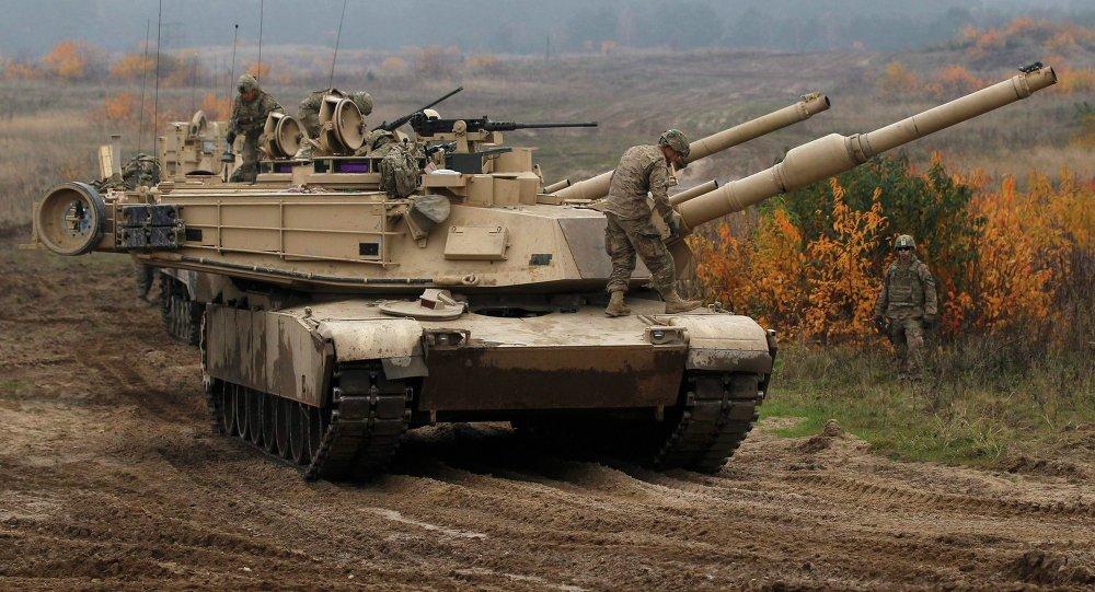 Tanque norte-americano da batalha principal Abrams (foto de arquivo)