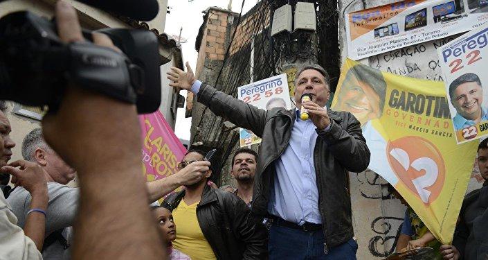 Ex-governadores Anthony e Rosinha Garotinho são presos pela Polícia Federal