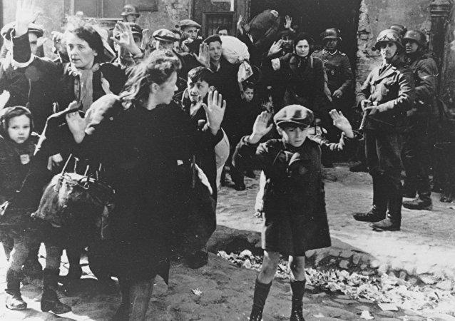 Judeus durante holocausto, Varsóvia, 19 de abril, 1943