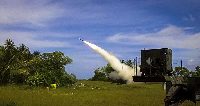 Sistema de defesa antimíssil norte-americano Patriot PAC-3 em ação