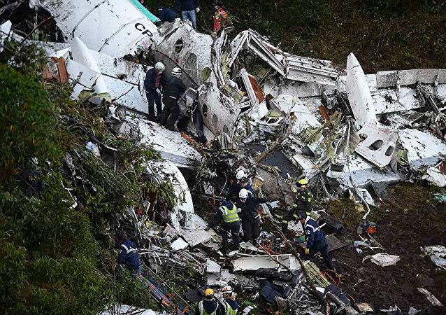 Acidente avião 1