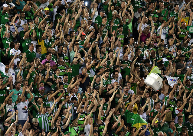 Soccer fans of Chapecoense celebrate after their victory in the Copa Sudamericana match against San Lorenzo at the Arena Conda stadium in Chapeco, Brazil, November 23, 2016