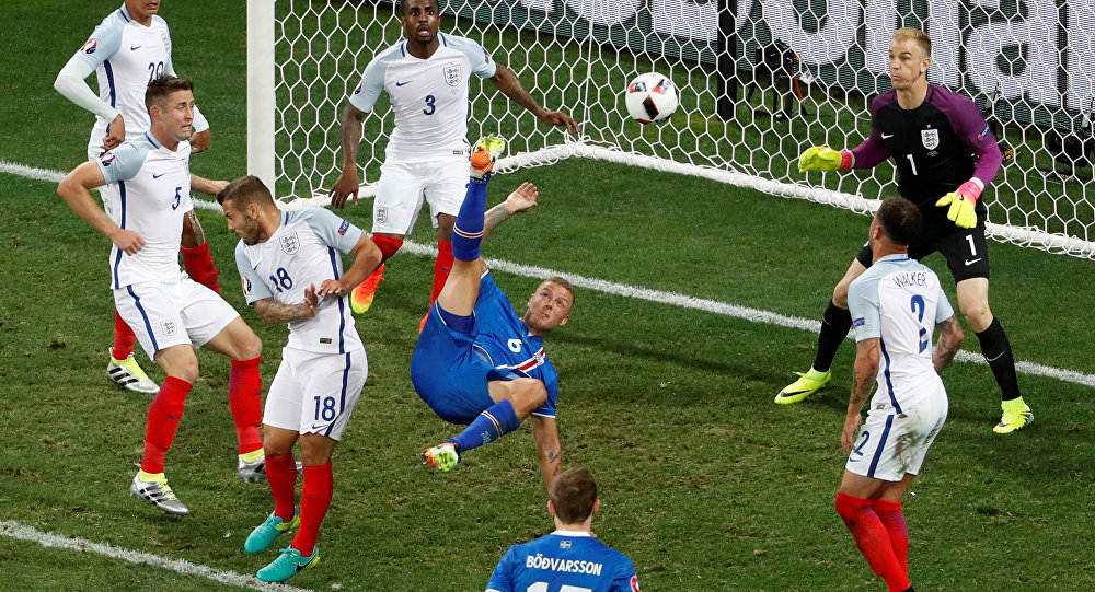 Football Soccer - England v Iceland - EURO 2016 - Round of 16 - Stade de Nice, Nice, France - 27/6/16Iceland's Ragnar Sigurdsson attempts an overhead kick