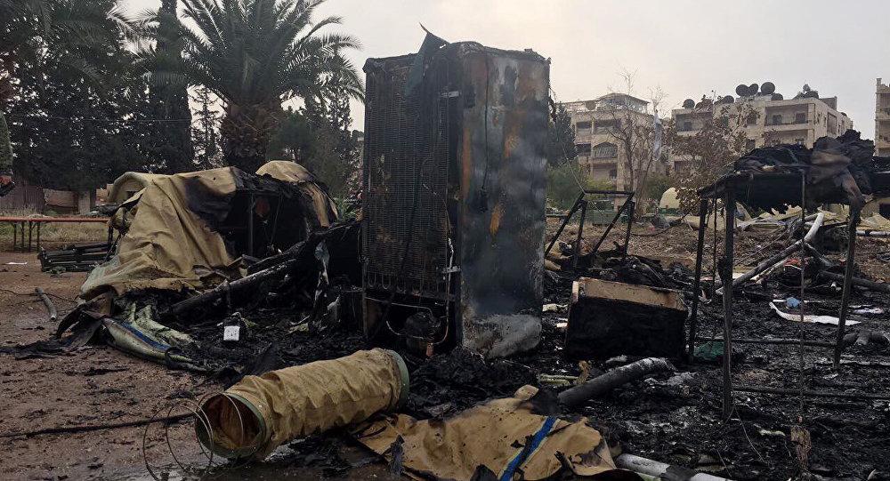 Esta foto de 5 de dezembro de 2016 mostra o que restou do hospital militar russo atingido por bombardeio em Aleppo