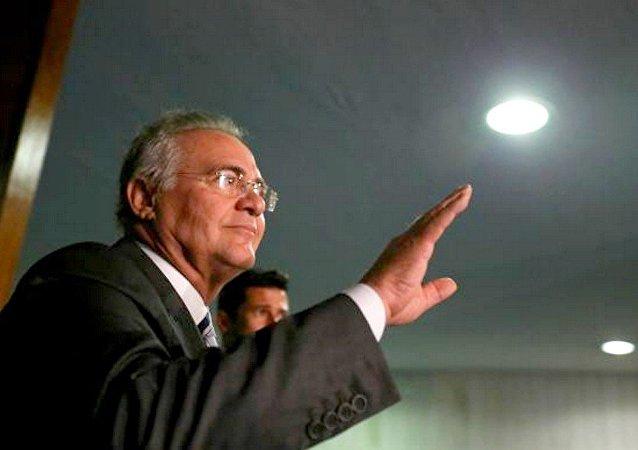Renan Calheiros, fala sobre decisão do plenário do STF que o manteve no cargo