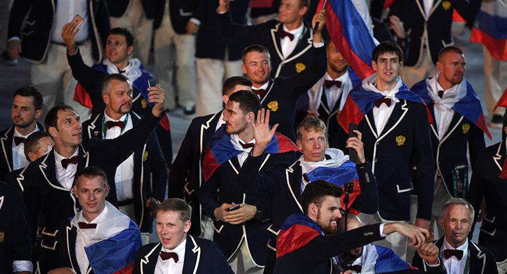A equipe olímpica da Rússia na cerimônia de abertura dos Jogos Rio 2016