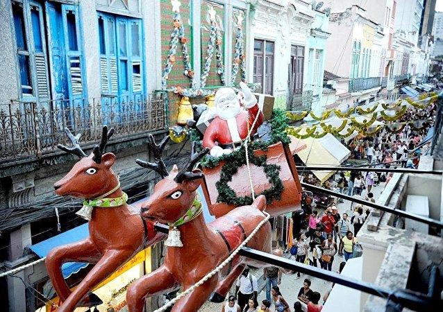 Venda de produtos de Natal na Saara, Centro do Rio