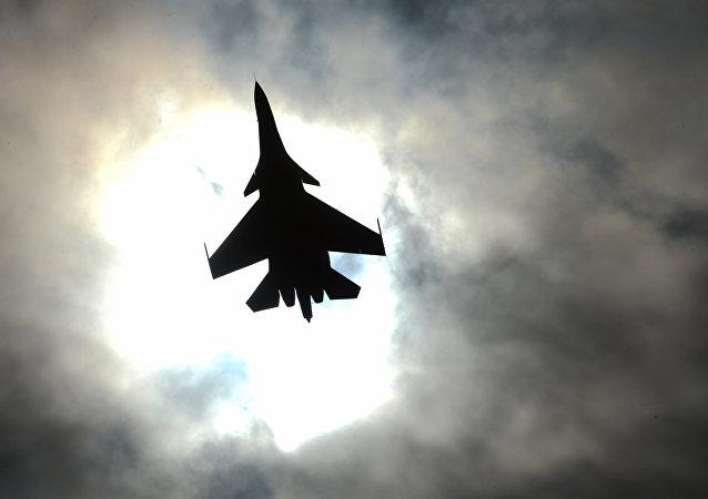 Caças multifuncionais russos Su-30SM
