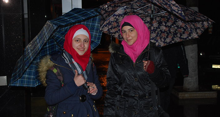 Moradores de Aleppo libertada