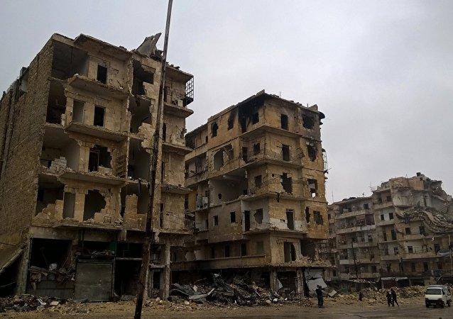 Prédios destruidos na cidade síria de Aleppo