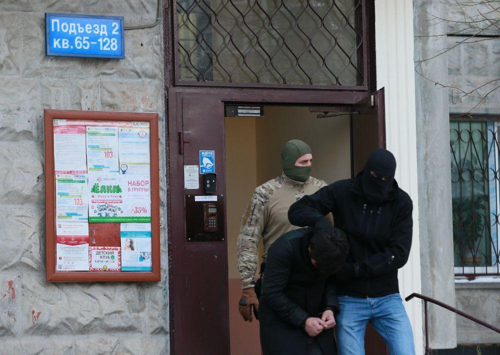 Membros detidos do grupo que preparava atentados em Moscou