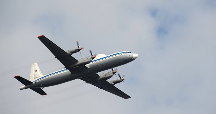 Avião militar russo IL-18