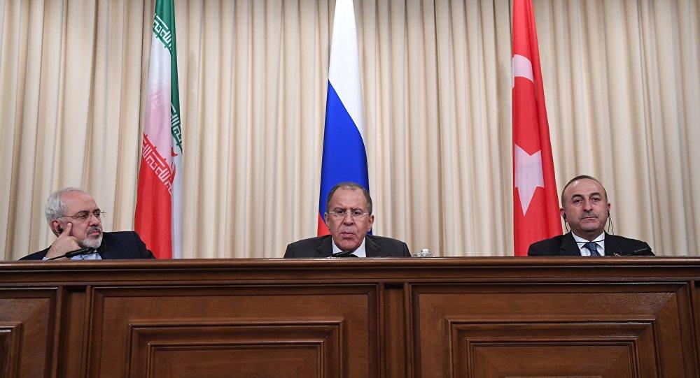 Coletiva de imprensa de chanceleres do Irã, Rússia e Turquia em Moscou, Rússia, 20 de dezembro de 2016