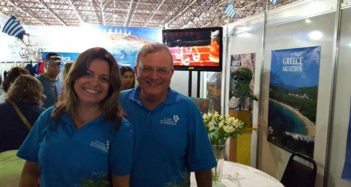 Kyriakos Amiridis, embaixador grego no Brasil, com a sua esposa Françoise Amiridis