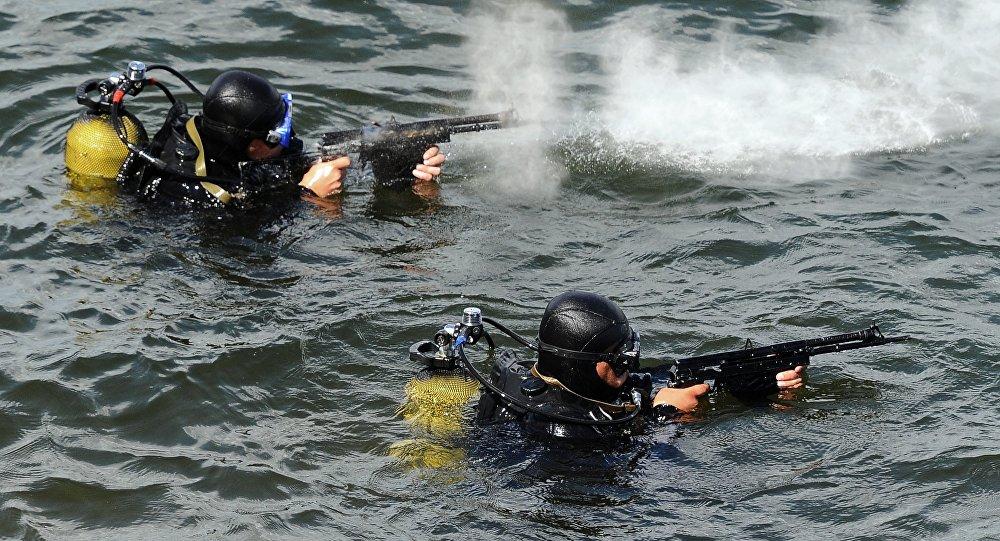 Serviço Federal de Segurança da Rússia (FSB) durante exercícios submarinos na região de Chelyabinsk