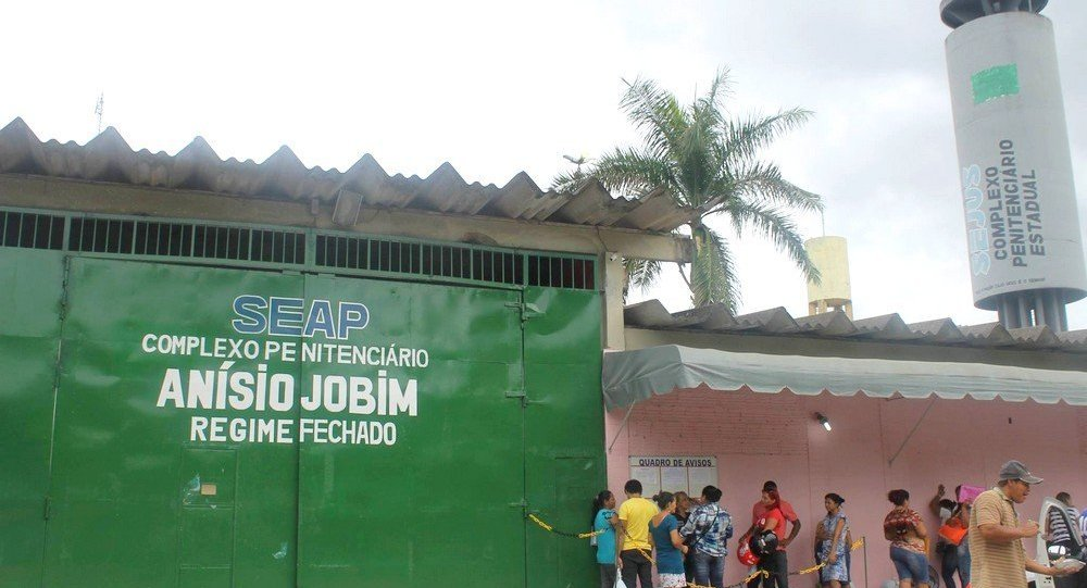 Segundo as denúncias, o diretor ameaçava presos para não revelar o esquema ilegal no Complexo Penitenciário Anísio Jobim