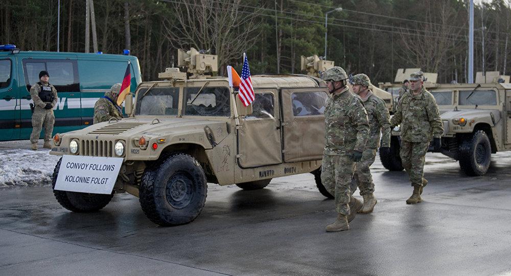 Coronel dos EUA Christopher Norrie durante a cerimônia de boas-vindas na fronteira entre a Polônia e Alemanha, 12 de janeiro de 2017