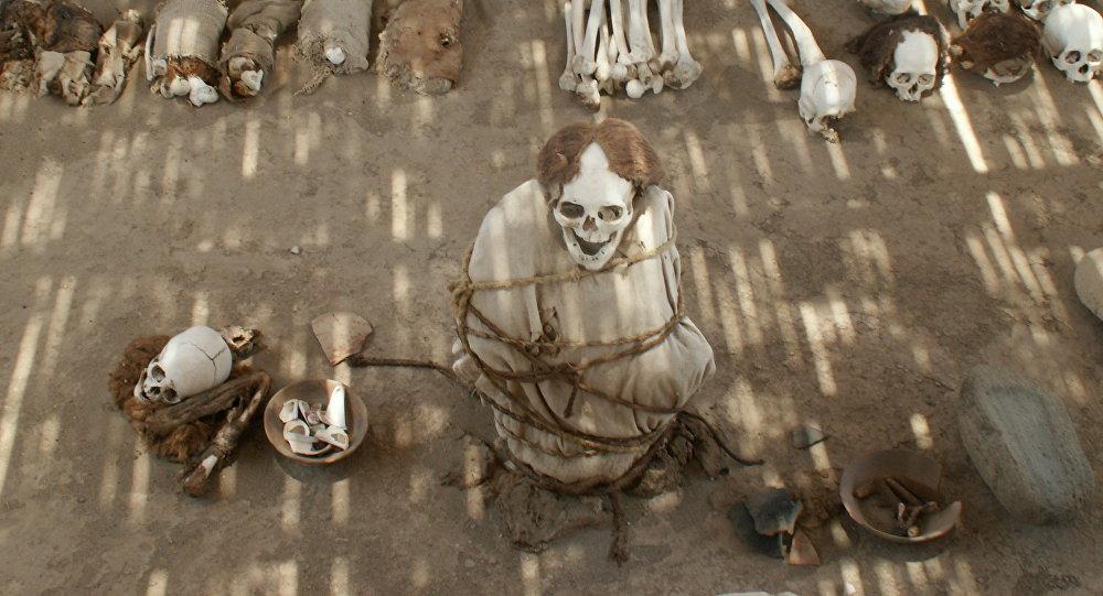 Cemitério Chauchilla no Peru.