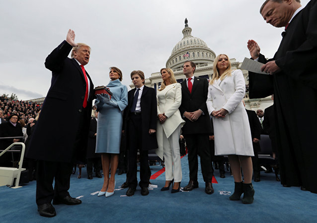 Presidente Donald Trump durante cerimônia de posse